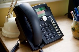 Black VOIP Phone: Telephone Answering Service / Answerphone service for small businesses
